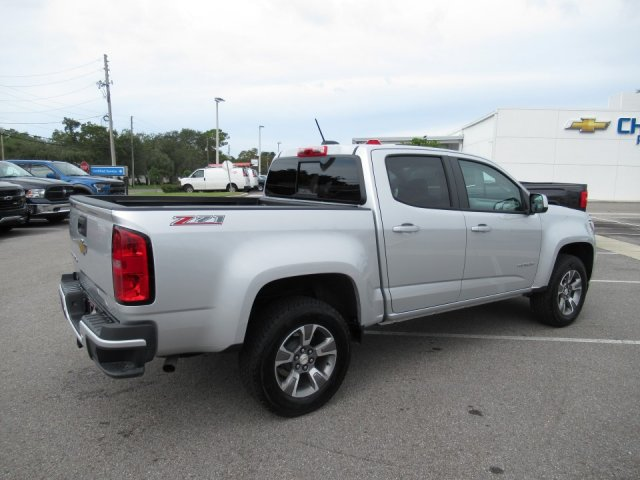 2019 Colorado Crew Cab 4x2,  Pickup #19T55R - photo 2