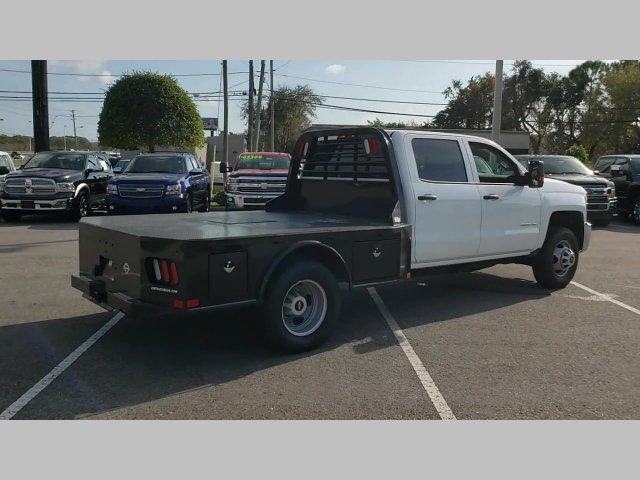 2018 Chevrolet Silverado 3500 Crew Cab 4x4, CM Truck Beds Platform Body #20T269A - photo 1