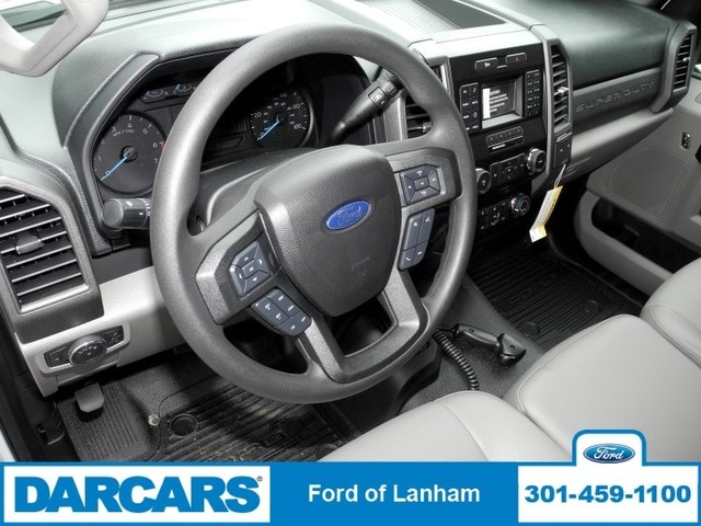 2017 F-350 Regular Cab 4x4, Ford Pickup #277039 - photo 9