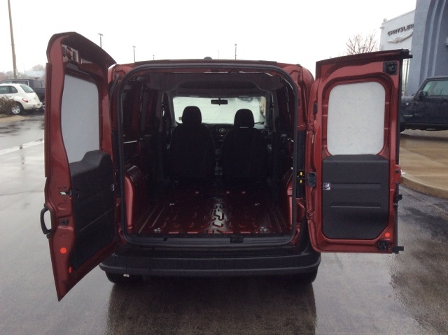 2018 ProMaster City FWD,  Empty Cargo Van #18R105 - photo 2