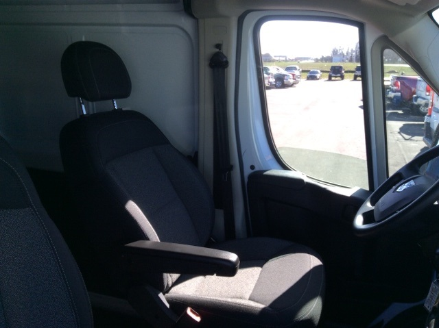 2018 ProMaster 3500 High Roof FWD,  Empty Cargo Van #18R108 - photo 42