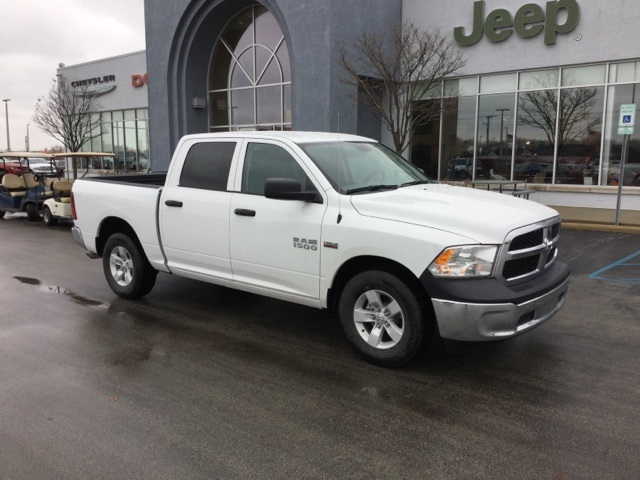 2018 Ram 1500 Crew Cab, Pickup #18R171 - photo 5