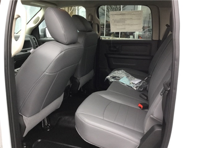 2018 Ram 1500 Crew Cab, Pickup #18R171 - photo 19
