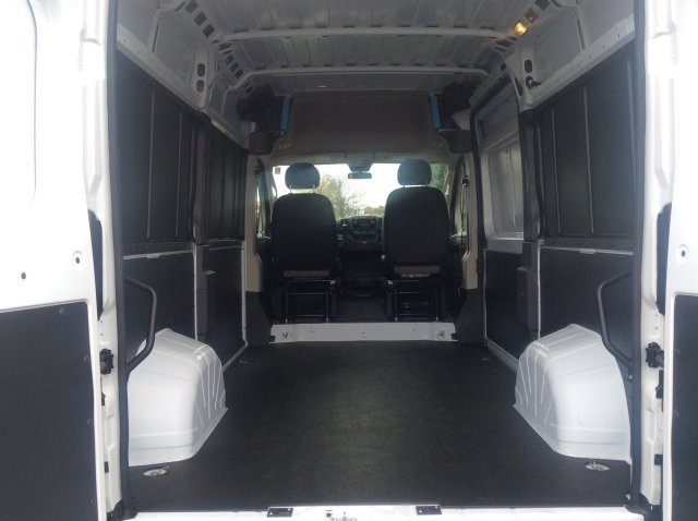 2018 ProMaster 2500 High Roof FWD,  Empty Cargo Van #18R20 - photo 2