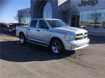 2018 Ram 1500 Crew Cab 4x4, Pickup #18R210 - photo 7