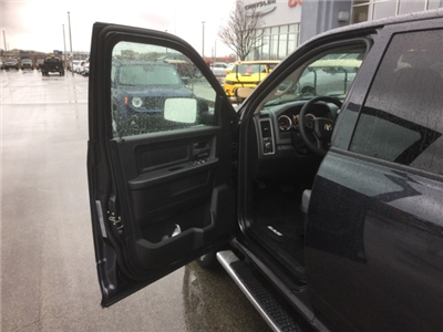 2018 Ram 1500 Crew Cab 4x4, Pickup #18R228 - photo 25
