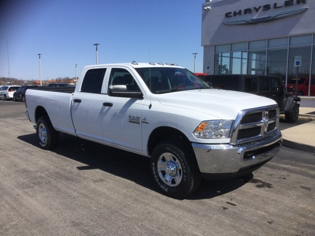 2018 Ram 3500 Crew Cab 4x4, Pickup #18R232 - photo 6