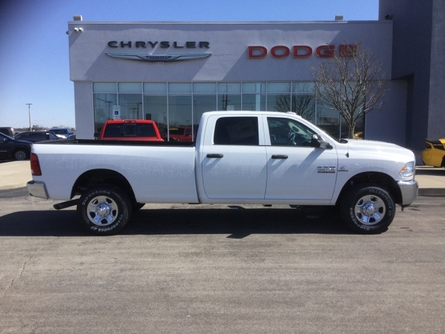 2018 Ram 3500 Crew Cab 4x4, Pickup #18R232 - photo 7