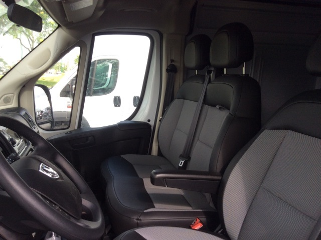 2018 ProMaster 3500 High Roof FWD,  Empty Cargo Van #18R245 - photo 19