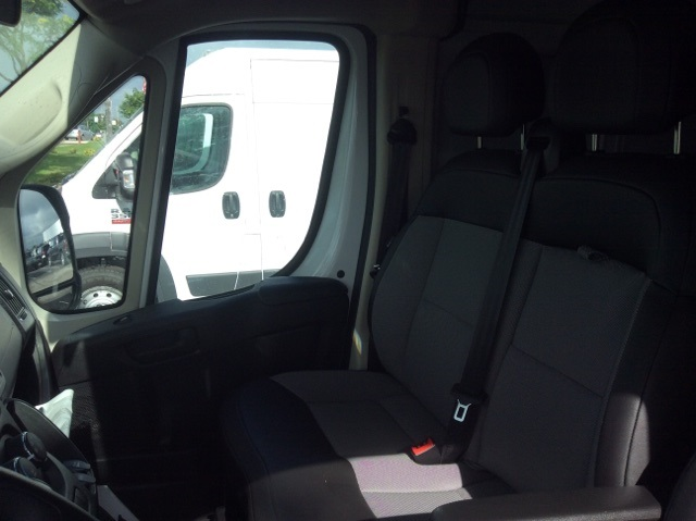 2018 ProMaster 3500 High Roof FWD,  Empty Cargo Van #18R245 - photo 20