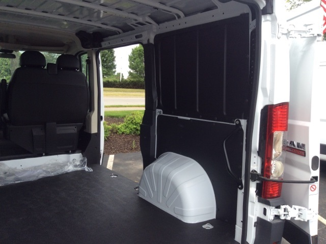 2018 ProMaster 1500 Standard Roof FWD,  Empty Cargo Van #18R247 - photo 32