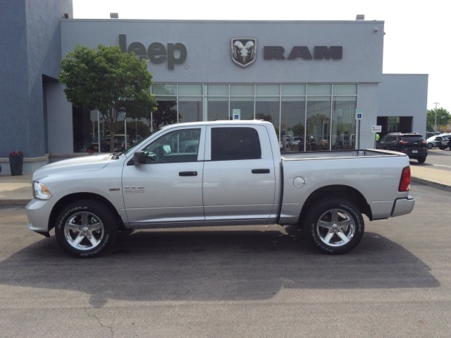 2018 Ram 1500 Crew Cab 4x4,  Pickup #18R259 - photo 11
