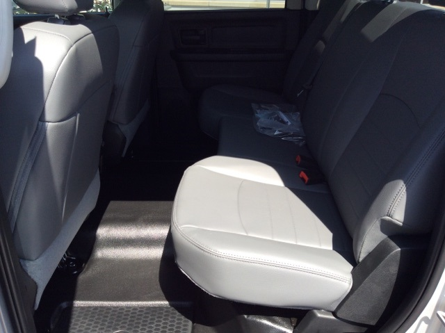 2018 Ram 1500 Crew Cab 4x2,  Pickup #18R303 - photo 16