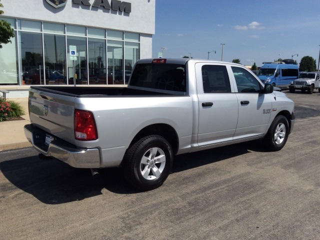 2018 Ram 1500 Crew Cab 4x2,  Pickup #18R303 - photo 7
