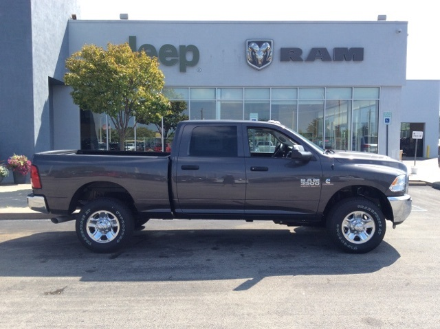 2018 Ram 3500 Crew Cab 4x4,  Pickup #18R336 - photo 7