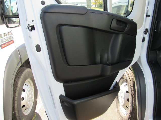 2018 ProMaster 2500 High Roof, Cargo Van #18R44 - photo 7
