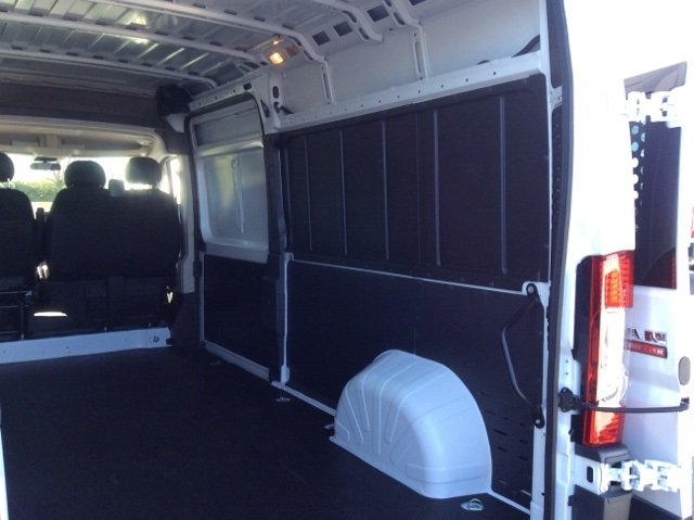 2018 ProMaster 2500 High Roof, Cargo Van #18R85 - photo 2
