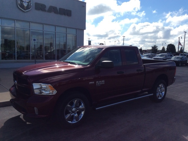 2019 Ram 1500 Quad Cab 4x4,  Pickup #19R120 - photo 3