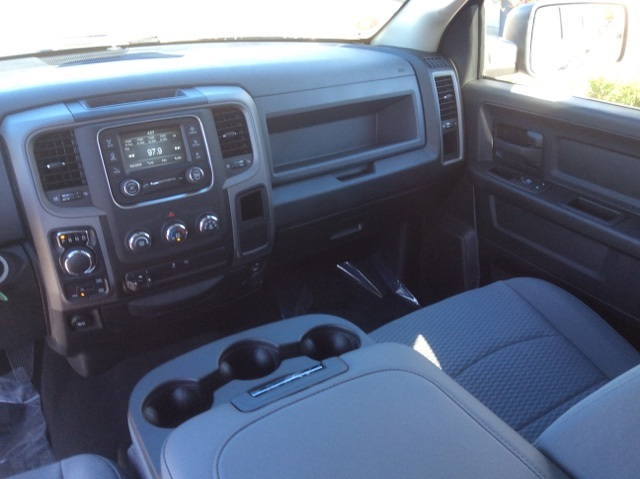 2019 Ram 1500 Crew Cab 4x4,  Pickup #19R126 - photo 29