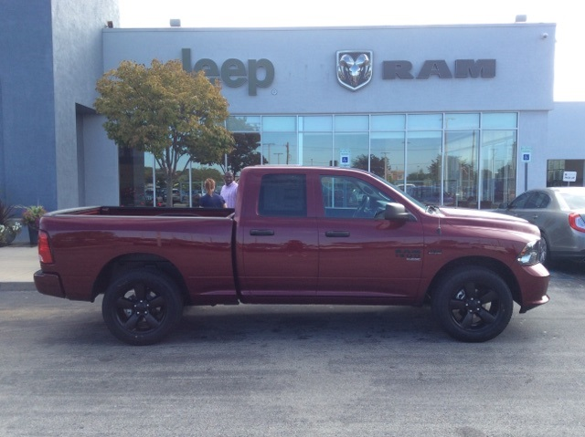 2019 Ram 1500 Quad Cab 4x4,  Pickup #19R140 - photo 6