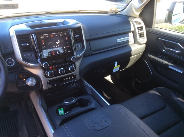 2019 Ram 1500 Crew Cab 4x4,  Pickup #19R143 - photo 32