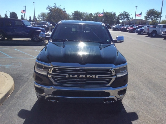 2019 Ram 1500 Crew Cab 4x4,  Pickup #19R150 - photo 3