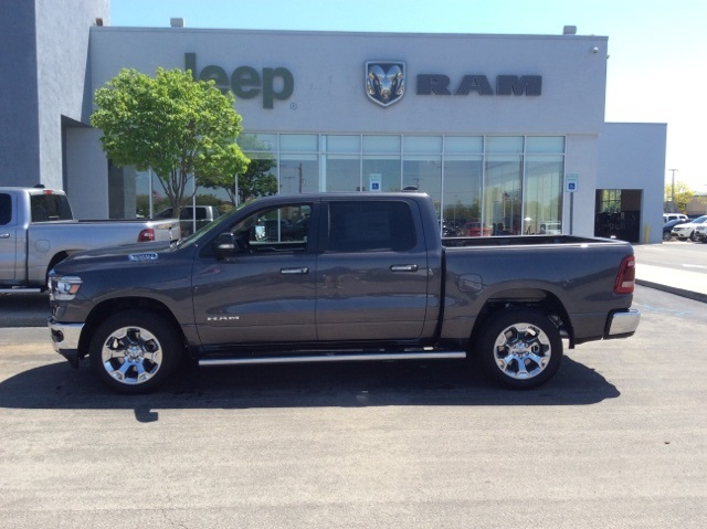 2019 Ram 1500 Crew Cab 4x4, Pickup #19R17 - photo 11