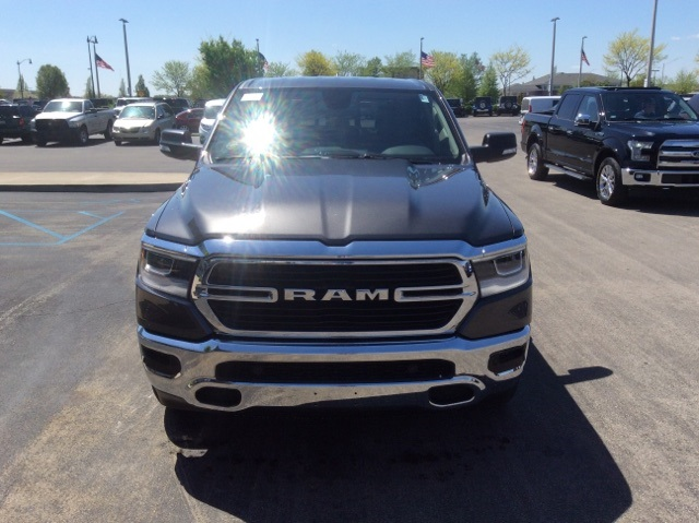 2019 Ram 1500 Crew Cab 4x4, Pickup #19R17 - photo 3