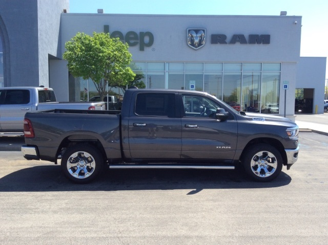 2019 Ram 1500 Crew Cab 4x4, Pickup #19R17 - photo 6