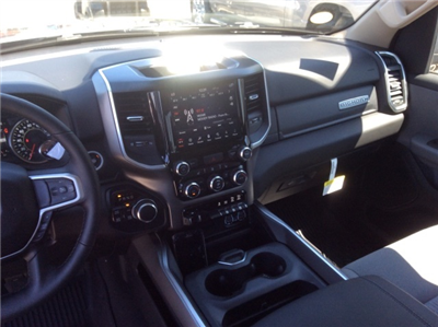 2019 Ram 1500 Crew Cab 4x4, Pickup #19R17 - photo 35