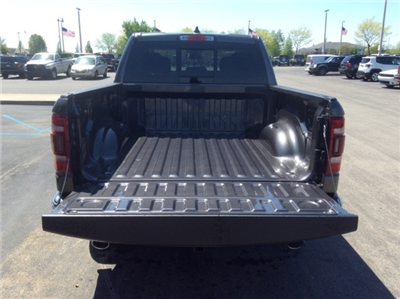 2019 Ram 1500 Crew Cab 4x4, Pickup #19R17 - photo 9