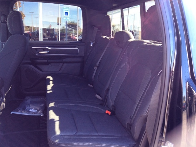 2019 Ram 1500 Crew Cab 4x4,  Pickup #19R198 - photo 18