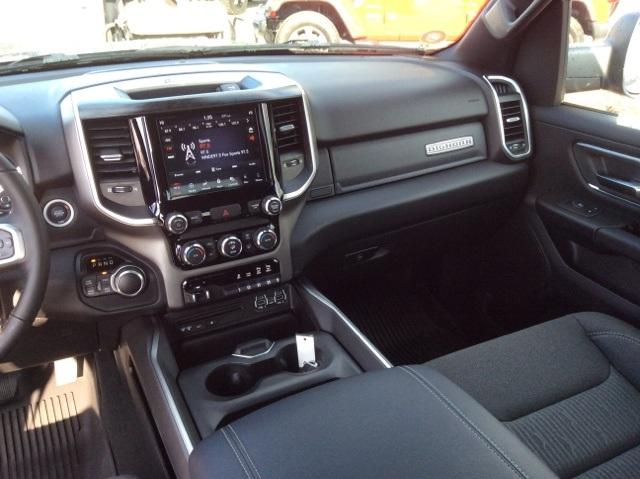 2019 Ram 1500 Crew Cab 4x4,  Pickup #19R252 - photo 27