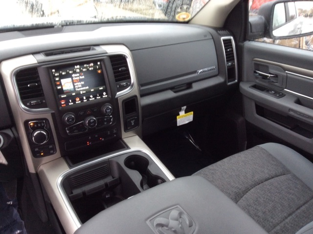 2019 Ram 1500 Crew Cab 4x4,  Pickup #19R257 - photo 27