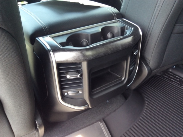 2019 Ram 1500 Crew Cab 4x4,  Pickup #19R39 - photo 24