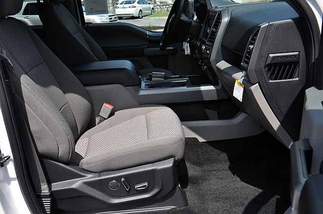 2018 F-150 SuperCrew Cab 4x4, Pickup #T1801 - photo 9