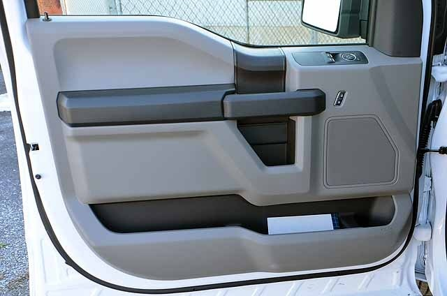 2018 F-150 Regular Cab 4x2,  Pickup #T18150 - photo 9