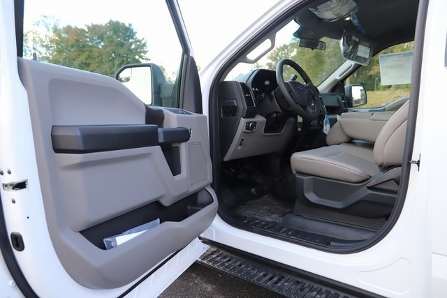 2018 F-150 Regular Cab 4x2,  Pickup #T18390 - photo 17