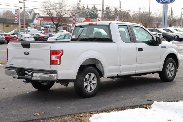 2018 F-150 Super Cab 4x2,  Pickup #T18416 - photo 2