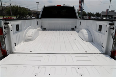 2017 F-250 Regular Cab 4x4,  Pickup #T27125 - photo 33