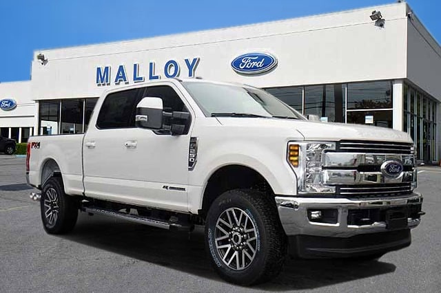 2018 F-250 Crew Cab 4x4, Pickup #T2812 - photo 1