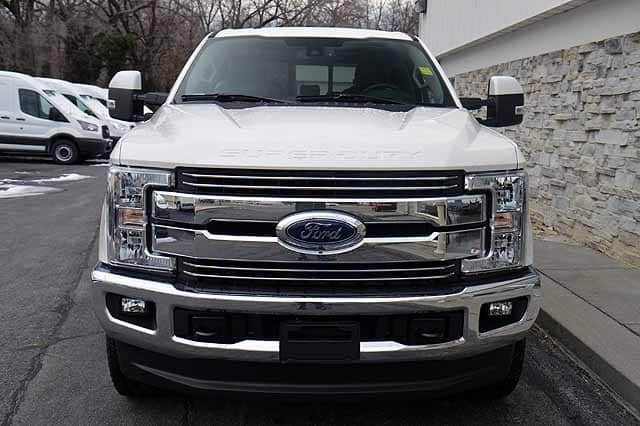 2018 F-250 Crew Cab 4x4, Pickup #T2812 - photo 6
