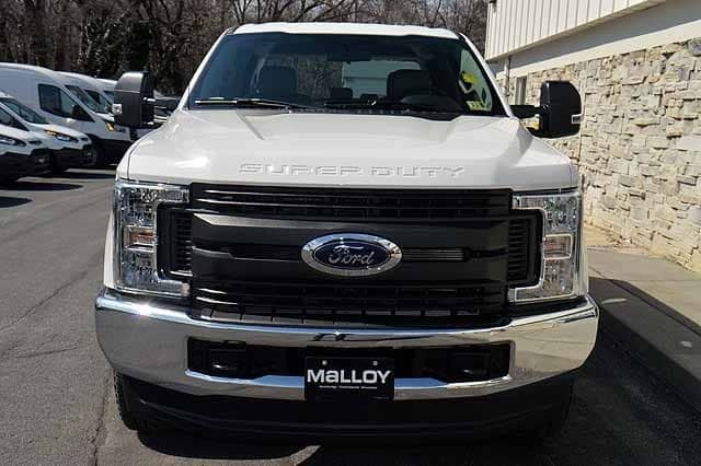 2018 F-250 Crew Cab 4x4, Pickup #T2830 - photo 6