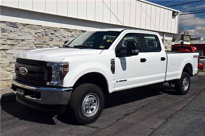 2018 F-250 Crew Cab 4x4, Pickup #T2830 - photo 3