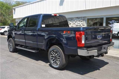 2018 F-250 Crew Cab 4x4, Pickup #T2849 - photo 6