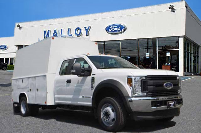 2018 F-450 Super Cab DRW 4x4,  Reading Panel and Tapered Panel Body Service Utility Van #T3829 - photo 1