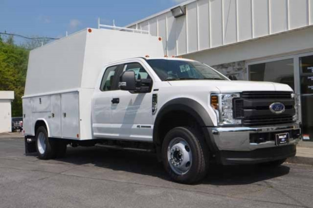 2018 F-450 Super Cab DRW 4x4,  Reading Panel and Tapered Panel Body Service Utility Van #T3829 - photo 3