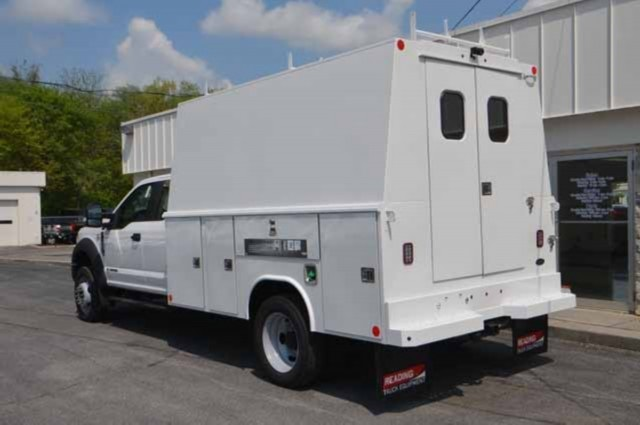 2018 F-450 Super Cab DRW 4x4,  Reading Panel and Tapered Panel Body Service Utility Van #T3829 - photo 6