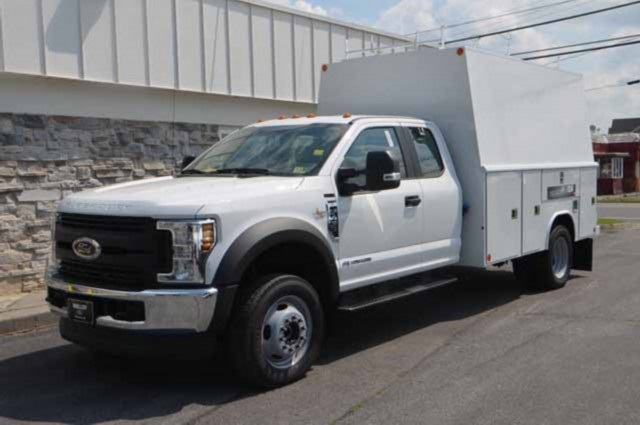 2018 F-450 Super Cab DRW 4x4,  Reading Panel and Tapered Panel Body Service Utility Van #T3829 - photo 8