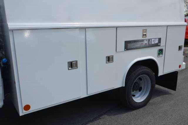 2018 F-450 Super Cab DRW 4x4,  Reading Panel and Tapered Panel Body Service Utility Van #T3829 - photo 17